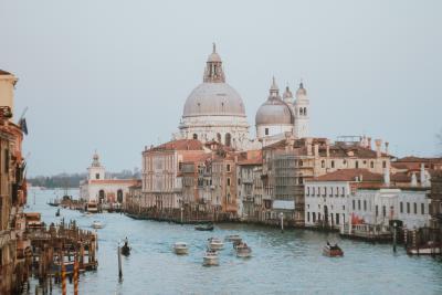 Vrei să înveți italiana repede? Iată 3 metode eficiente!